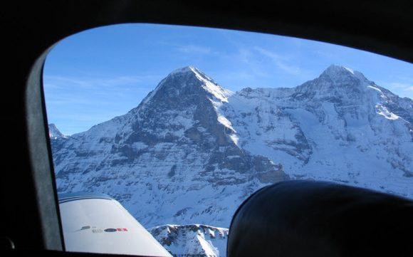 Quer durch alle Schweizer Militär-Fluggebiete.