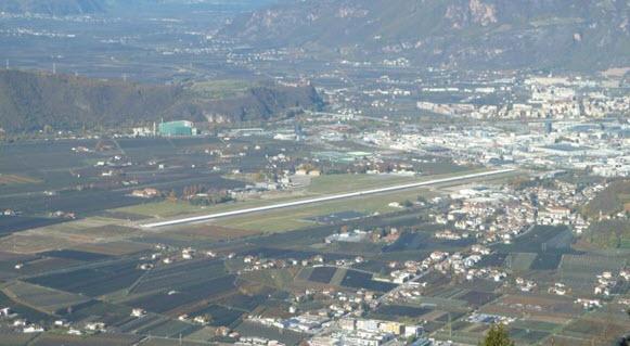 Bozener Flughafen ans Land?