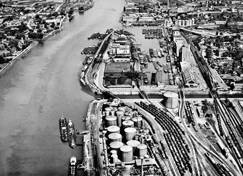 Historische Luftbildaufnahmen