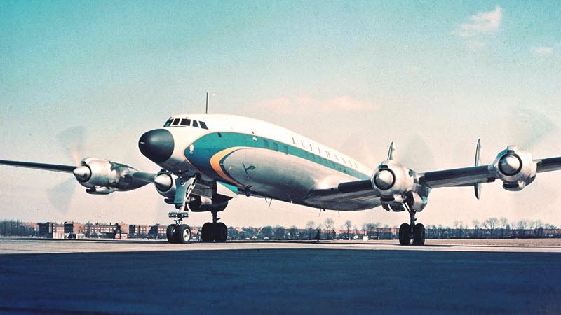 Lockheed Super Star – Königin der Lüfte im Lager