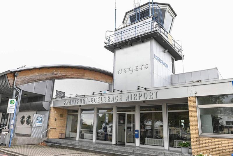 Kritik nach NetJets-Flugplatzanteils-Verkauf