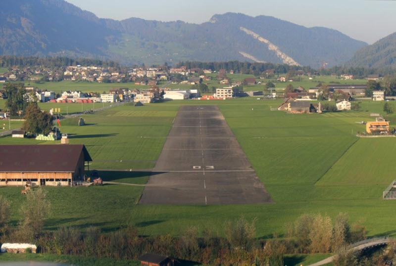 SUST-Bericht: Flugzeug ohne Pilot rollt in Hangar
