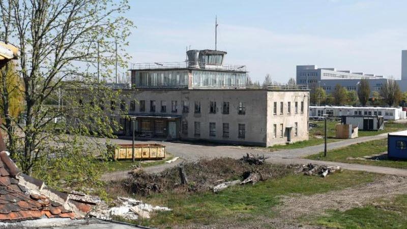 Leipziger Flugplatz wird Strom-Tanke
