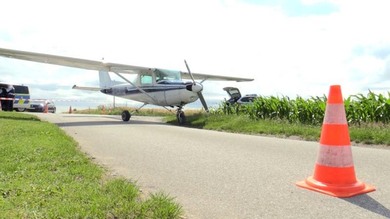 Bottrop: Kleinflugzeug muss notlanden