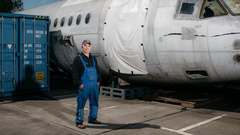 Opas bringen russsisches Spionageflugzeug zum Laufen