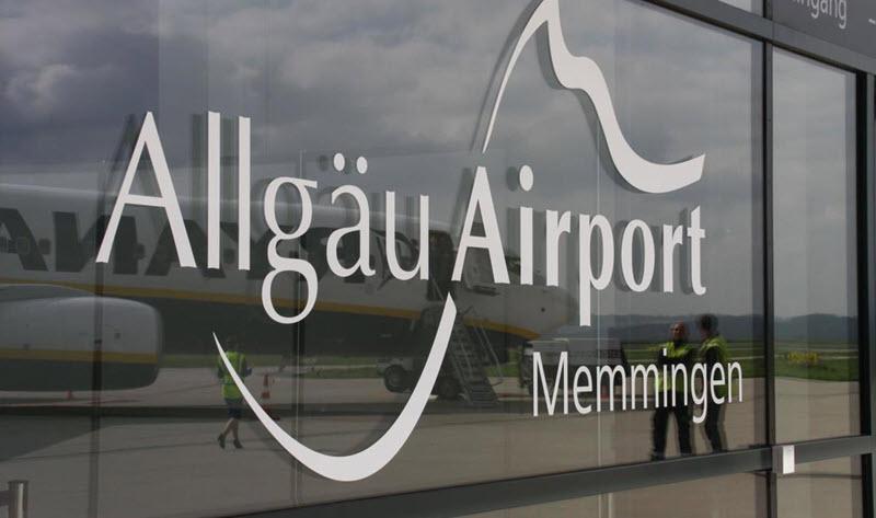 Kleinflugzeug verunfallt in Memmingen