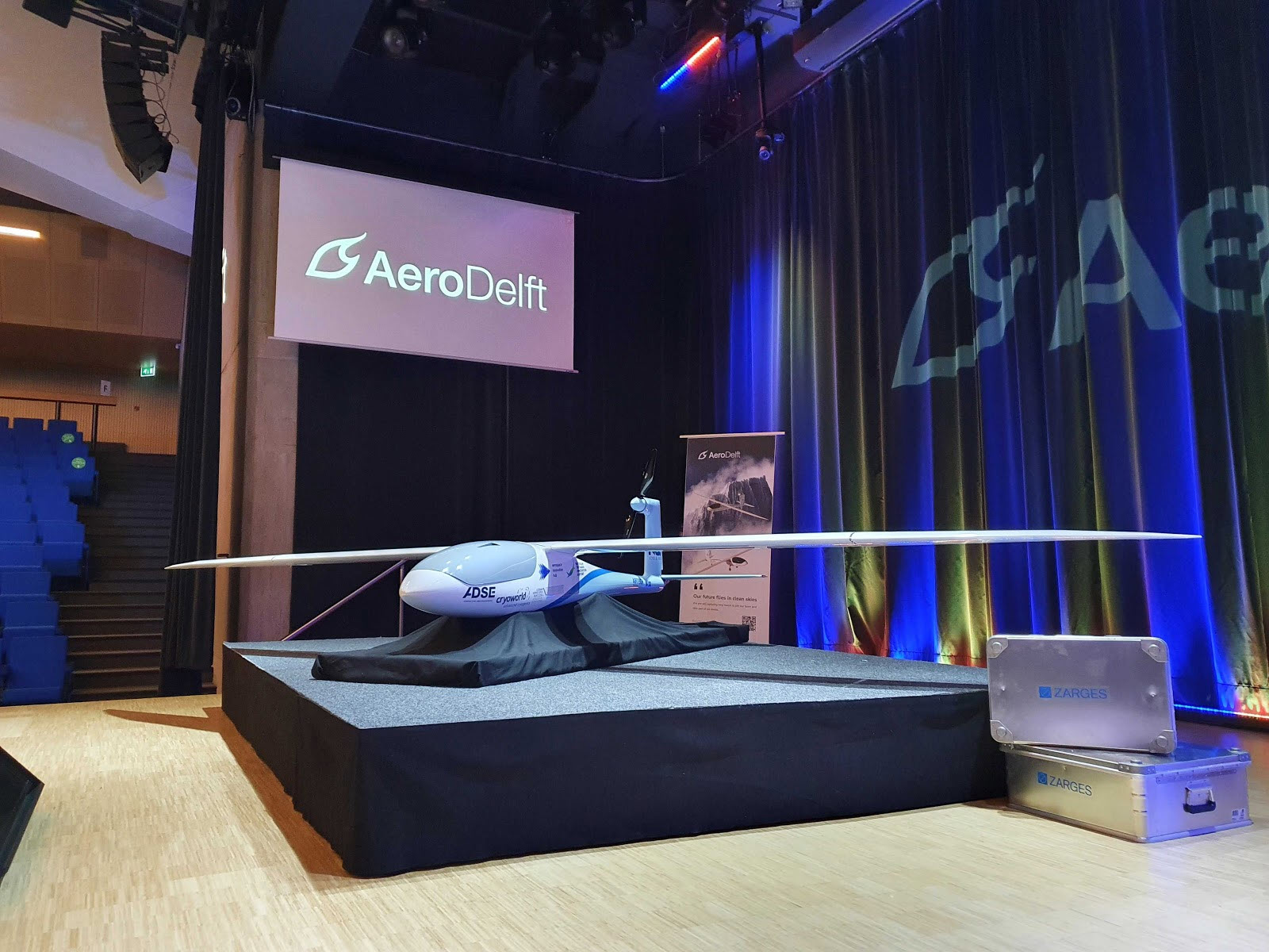 Delfter Studententeam enthüllt Wasserstoffflugzeug