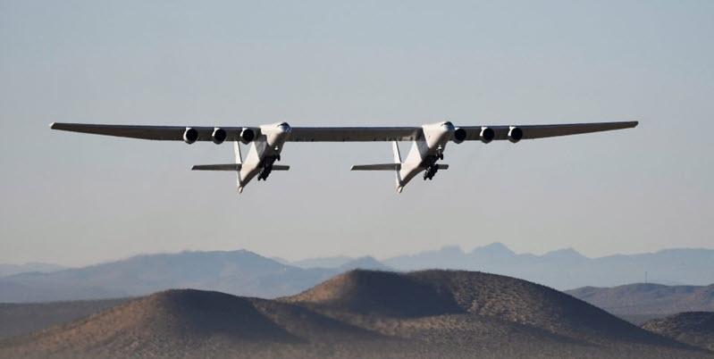 Größtes Flugzeug der Welt fliegt wieder