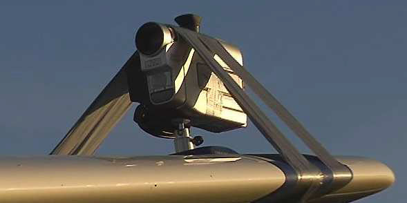 Montage von Kameras an Flugzeugen